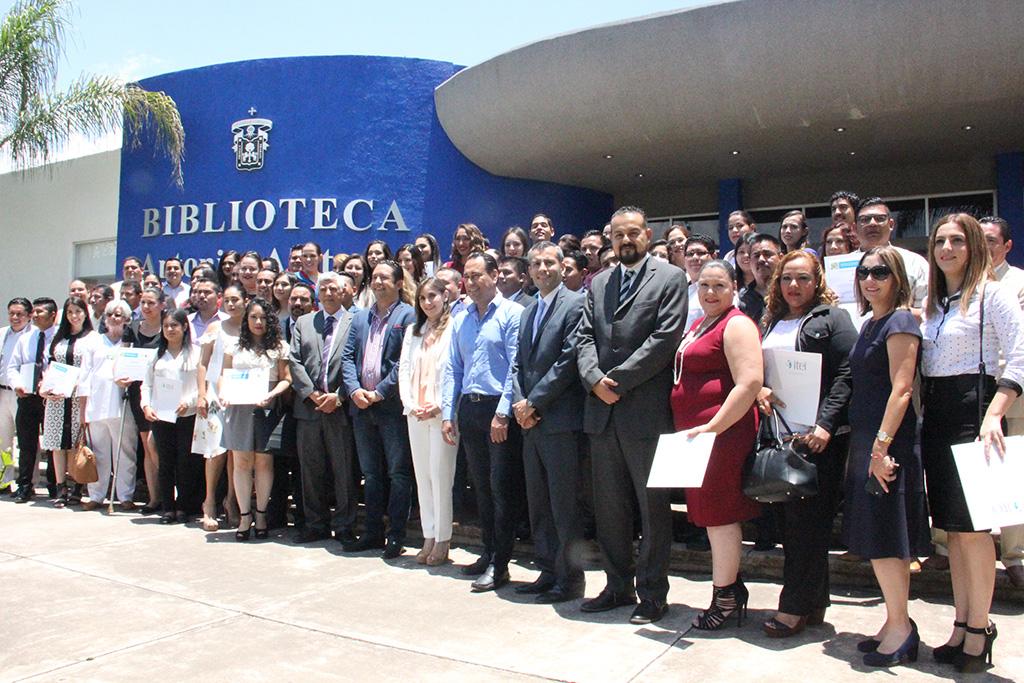 Concluyen Diplomado en Transparencia 73 alumnos de 15 municipios