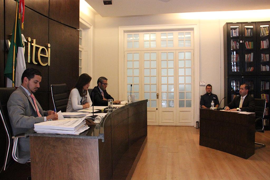 ITEI impone siete amonestaciones a funcionaria del DIF de Tuxpan y dos a alcalde de Teuchitlán