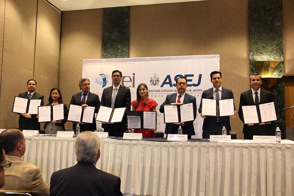 Fortalecerán agenda anticorrupción con firma de convenio entre ITEI y ASEJ