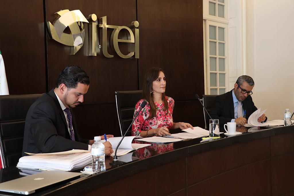 Ordena ITEI arrestos administrativos para ex presidente municipal y ex directora de DIF Amatitán