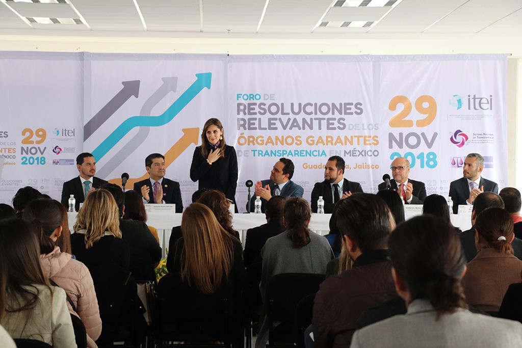 Presentan resoluciones relevantes en foro al que asisten representantes de distintas entidades del País