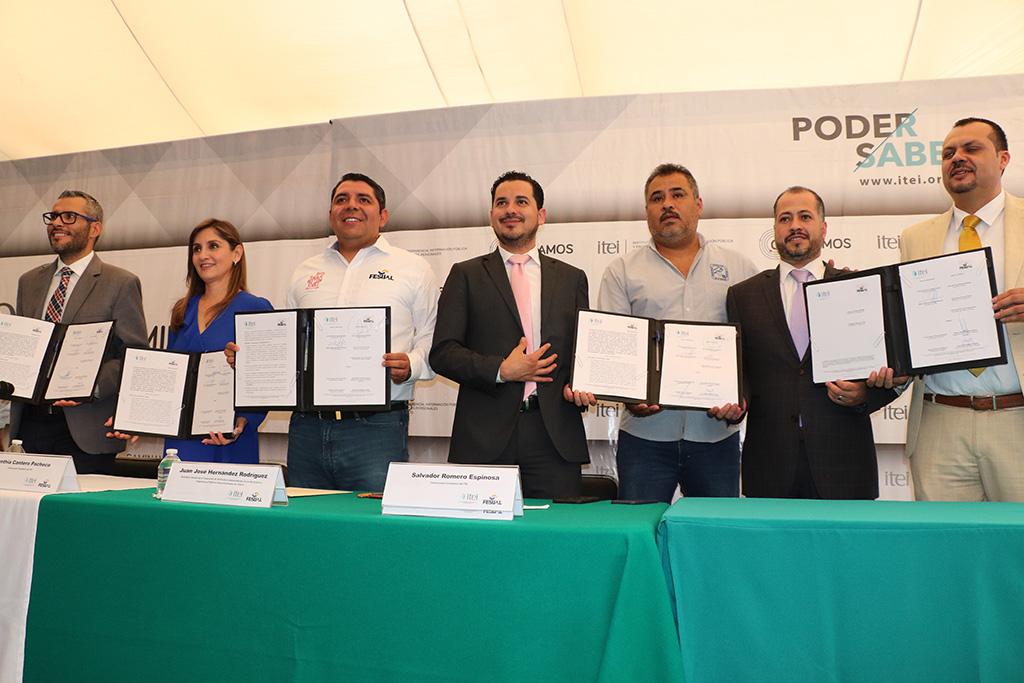 Firman convenio de colaboración ITEI y FESIJAL, buscan mayor transparencia en sindicatos