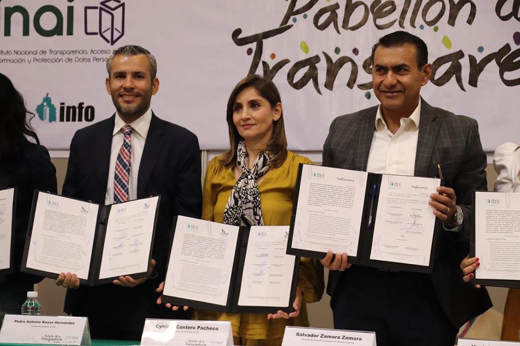 Llevan a cabo Segunda Sesión Extraordinaria, se realiza en el marco de la Feria Internacional del Libro en FIL Guadalajara