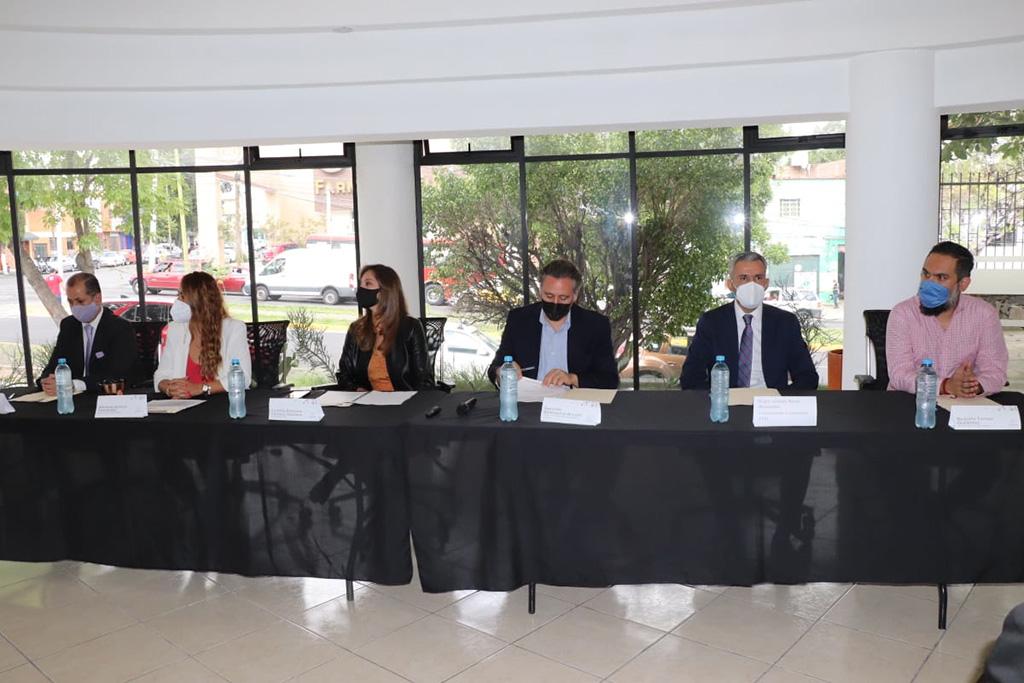 Firman colaboración interinstitucional para impulsar la construcción de una ciudadanía digital incluyente
